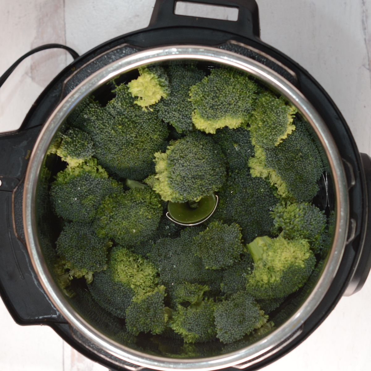 uncooked broccoli in instant pot